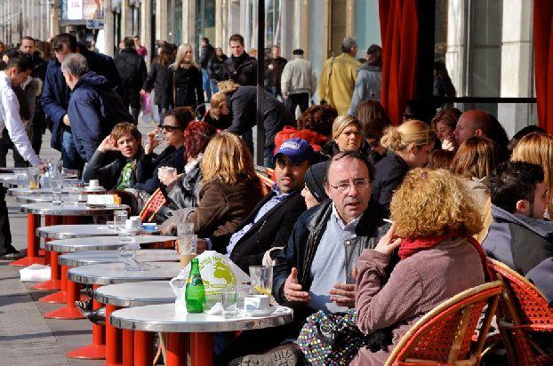 Будьте осторожны при выборе кафе во Франции для «перекуса»